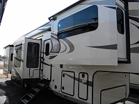 NEW 2018 JAYCO LR 381 FLWS NORTH POINT
