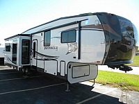 2013 JAYCO PINNACLE 36 REQS