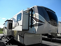 2019 JAYCO NORTH POINT 383 FKWS