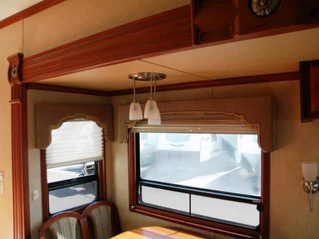 USED 2008 DOUBLE TREE MOBILE SUITES 36RE3