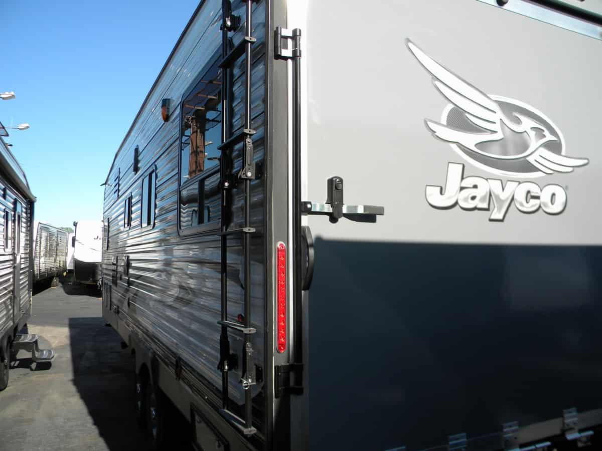 NEW 2018 JAYCO V5 260 OCTANE