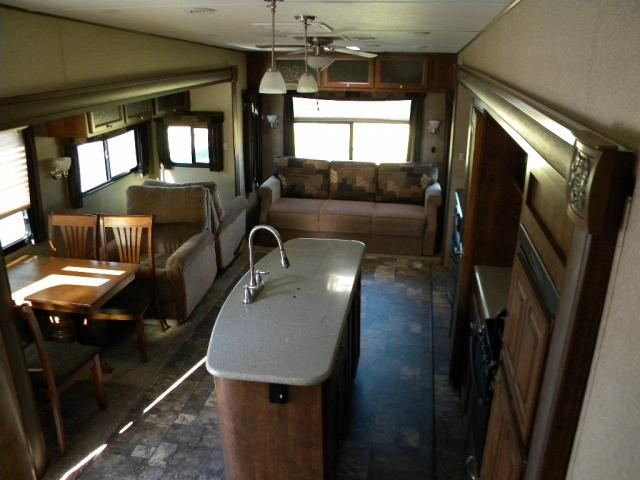 2015 FOREST RIVER CHAPARRAL 329MKS