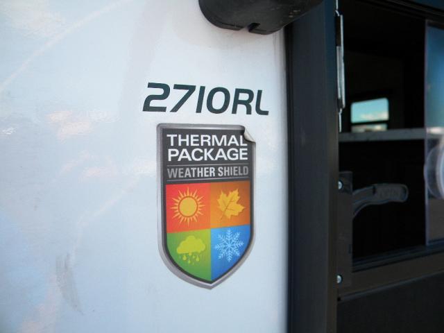 2017 HIGHLAND RIDGE ULTRA LITE 2710RL