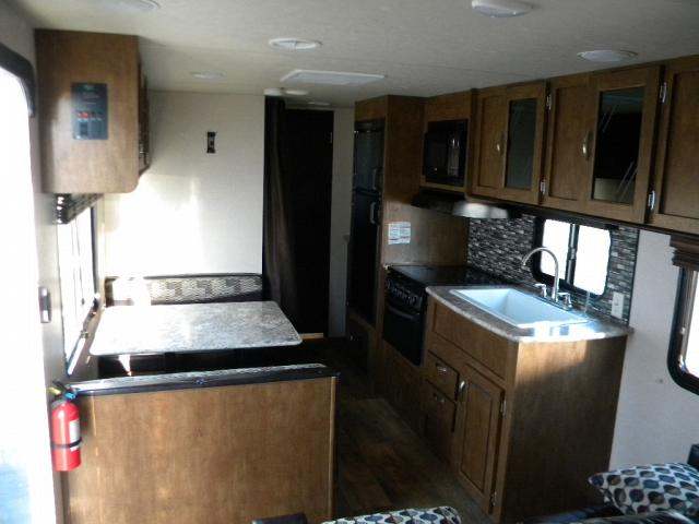 2018 FOREST RIVER WILDWOOD 261 BHXL
