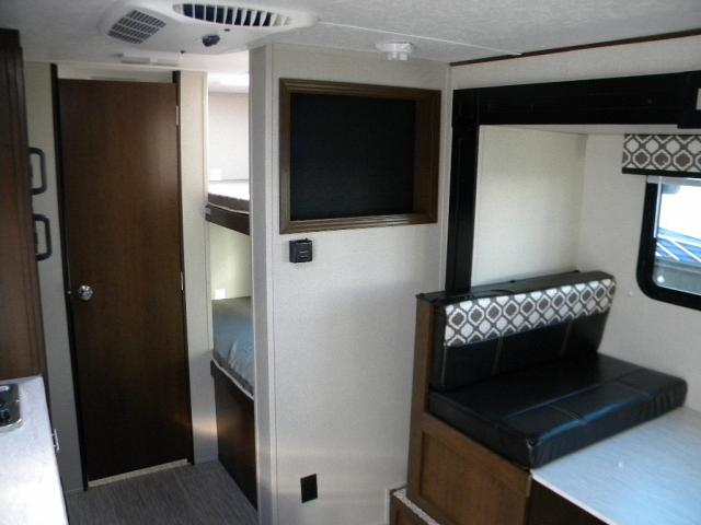 2019 FOREST RIVER NAVI 17 BHS