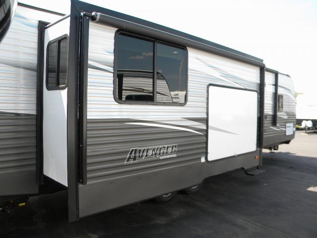 NEW 2018 FOREST RIVER AVENGER 31 RKD