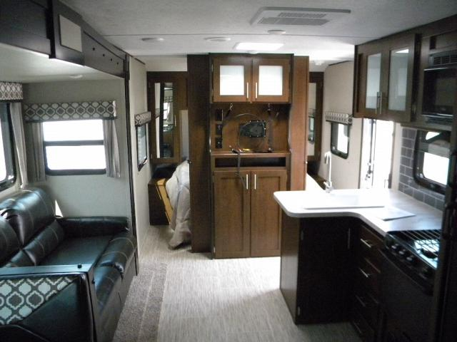 NEW 2018 FOREST RIVER TRACER 291 BR